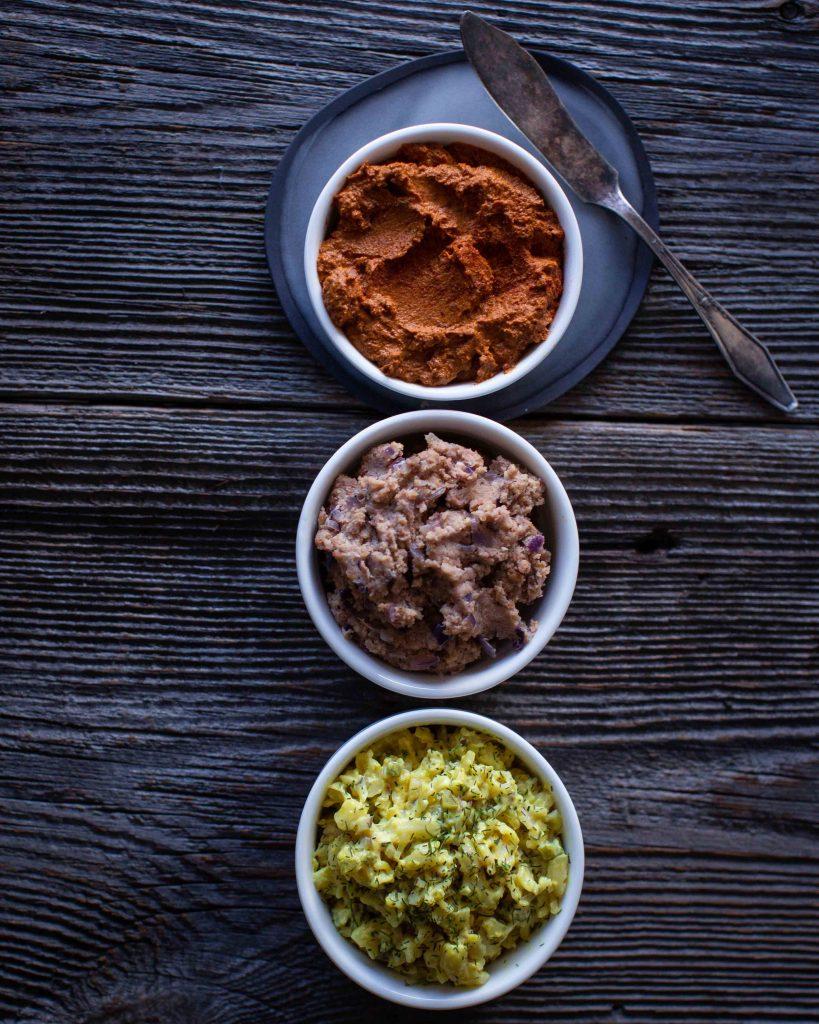 5 leckere vegane Brotaufstriche selbst machen