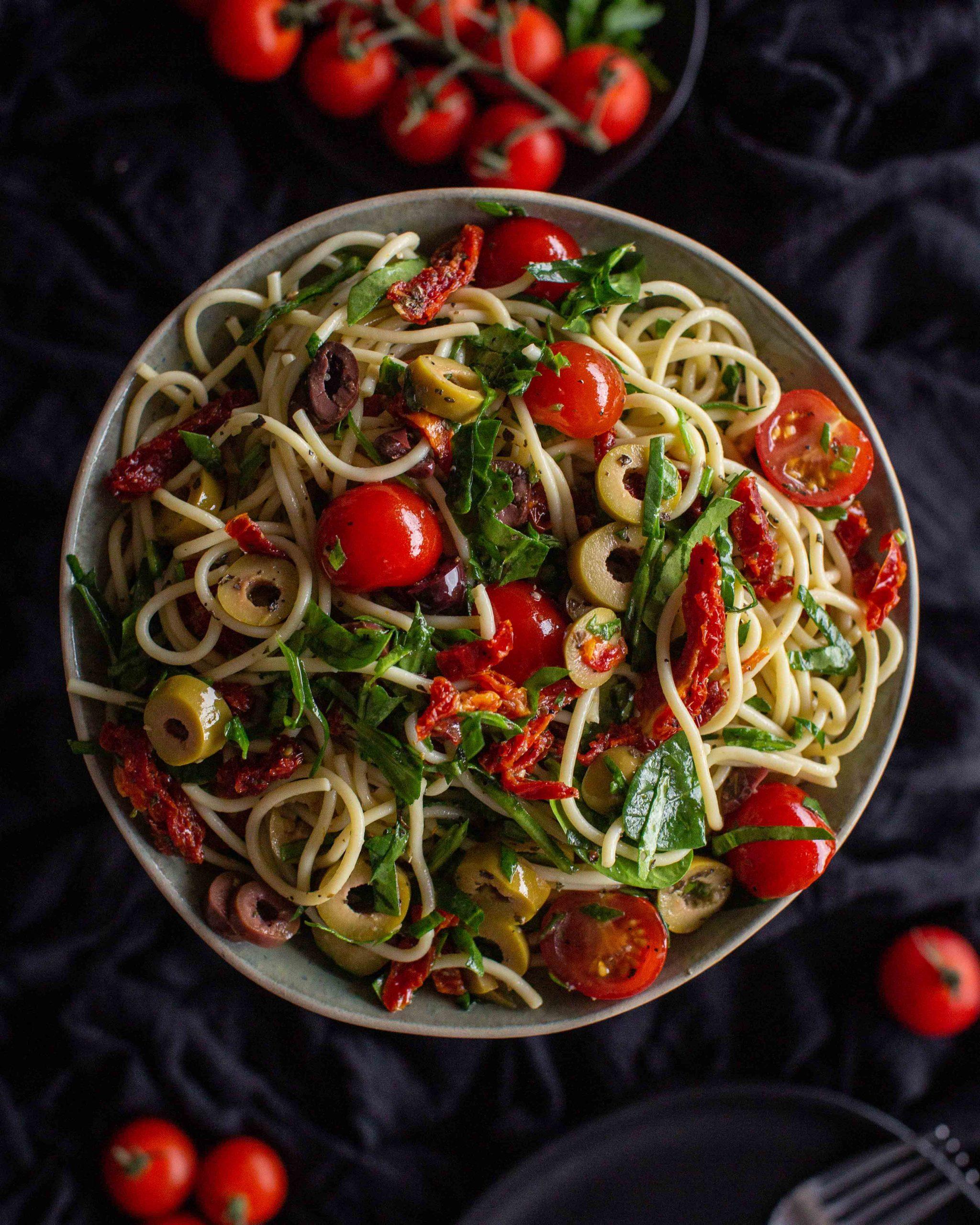 Schneller und einfacher Spaghetti Salat